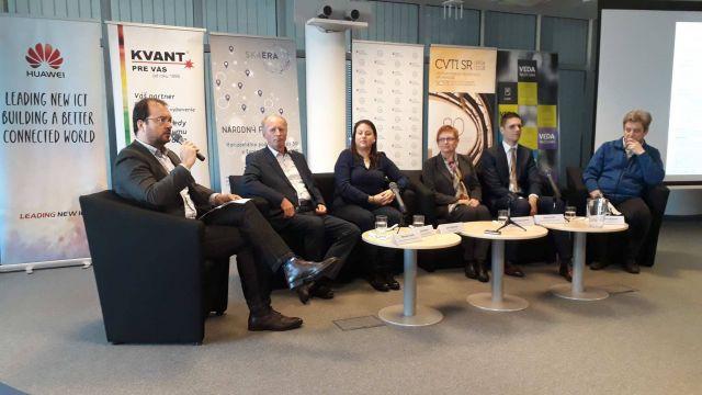 Panel OTT_diskusné fórum 28.11.2018