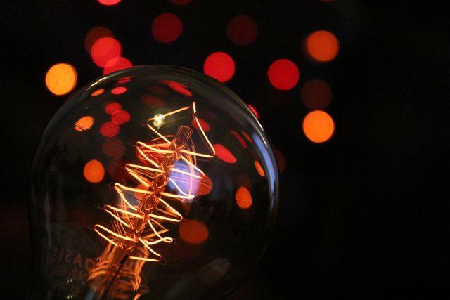 vianočná žiarovka